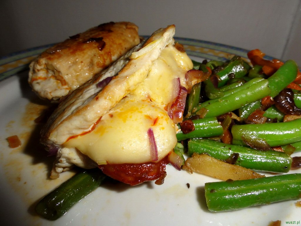 roladki z serem chorizo1 57. Roladki z żóltym serem oraz chorizo