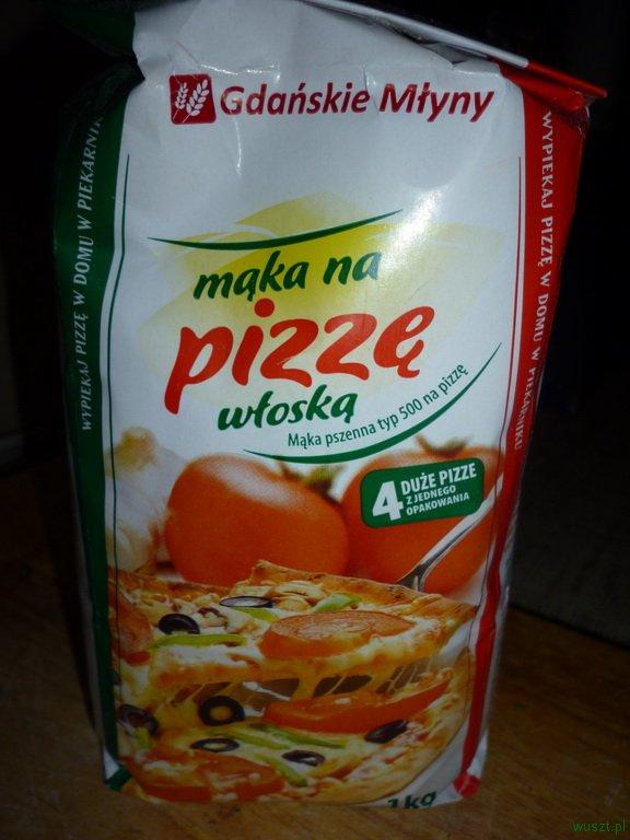 maka na pizze1 72. 2 x Pizza: z anchois, kaparami i oliwkami + standardowa, na wszelki wypadek ;)