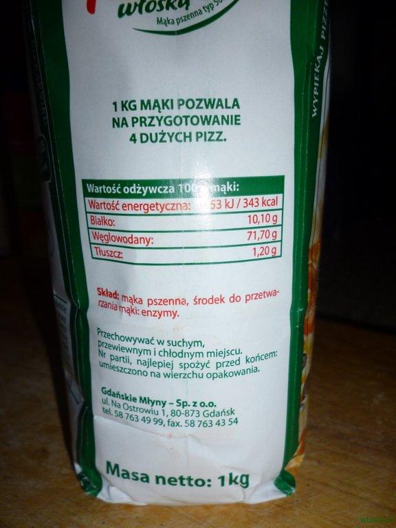 maka na pizze2 72. 2 x Pizza: z anchois, kaparami i oliwkami + standardowa, na wszelki wypadek ;)