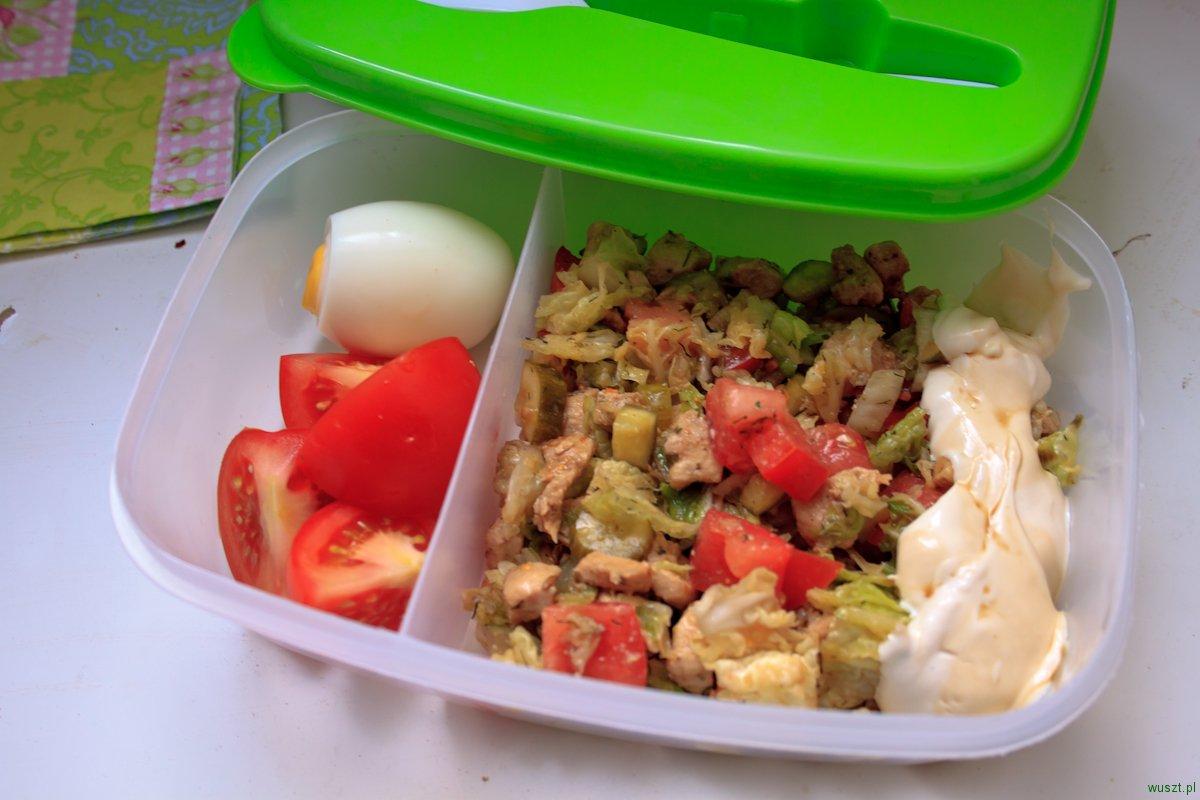 lunchbox na dzis salatka z kurczakiem1 Lunchbox na dziś: sałatka z kurczakiem
